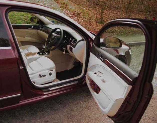 Skoda Superb interiors