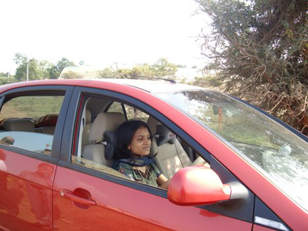 Women safety tips while driving