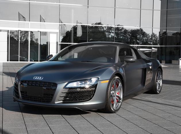 2012 exclusive R8 V10 version
