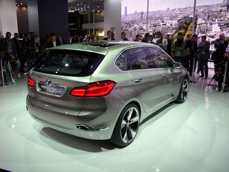 BMW shows its Concept Active Tourer in Paris
