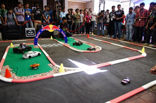 Flying Pistons builds Mumbai round of Red Bull Racing Can