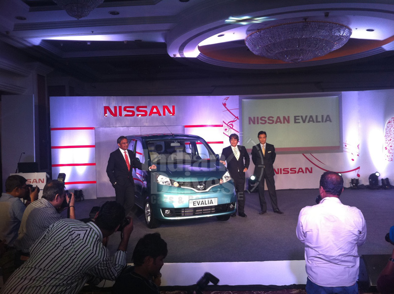 Nissan launches Evalia in Mumbai with Rs. 8.49 lakh price tag