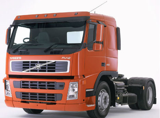 Volvo rolls out new 5-axle dump truck for mining apps