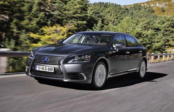Lexus hybrid cars hits Half million milestone