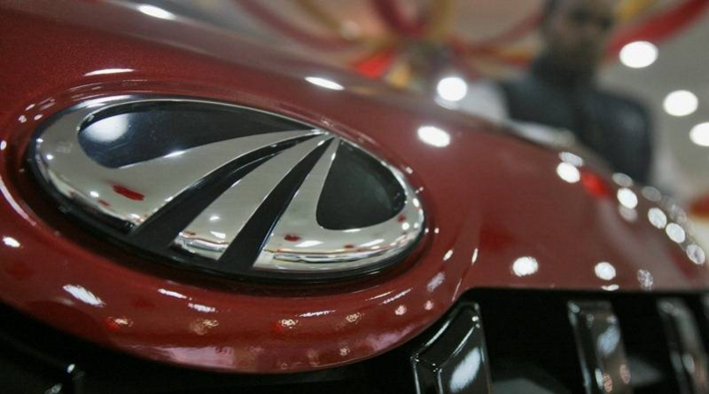 Mahindra takes used car business online