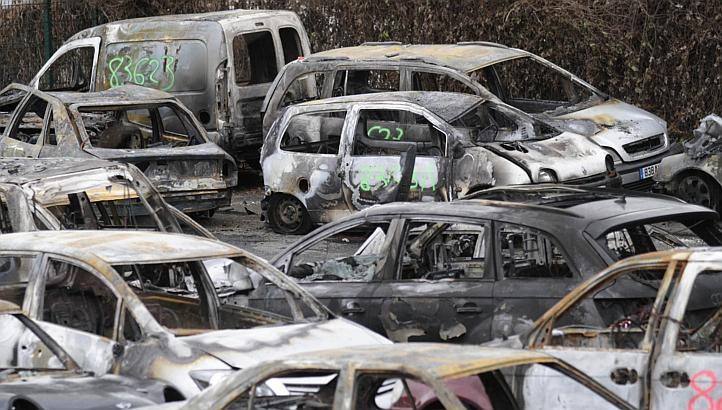 1,193 Cars Burnt In France On New Year's Eve