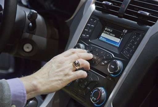 Carmakers open their gate to App Developers