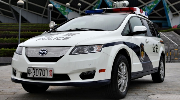 China Police of Shenzen will now patrol in BYD E6 EVs