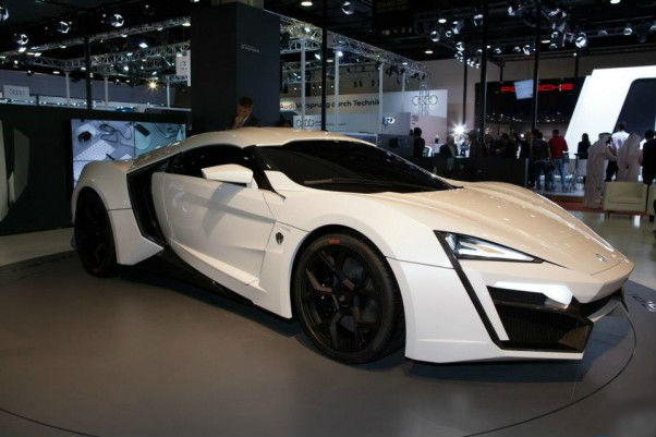 W Motors Lykan Hypersports Revealed in Qatar