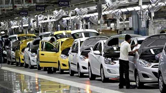 Cars Sales suffer decline of 12.45 per cent in January 2013