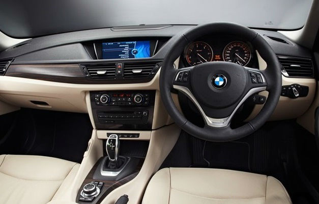 BMW Facelift X1 Interior