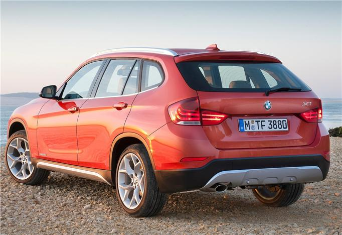 BMW X1 Facelift Back View