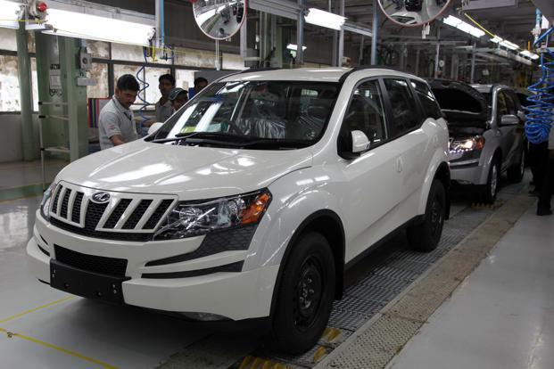Mahindra XUV500s