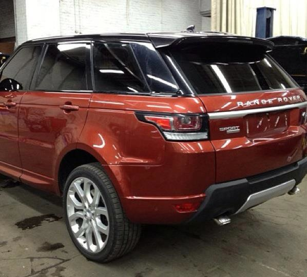 Range Rover Sport photos Back View