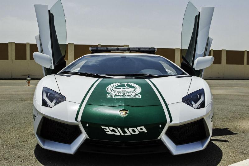 Dubai Police Adds Lamborghini Aventador
