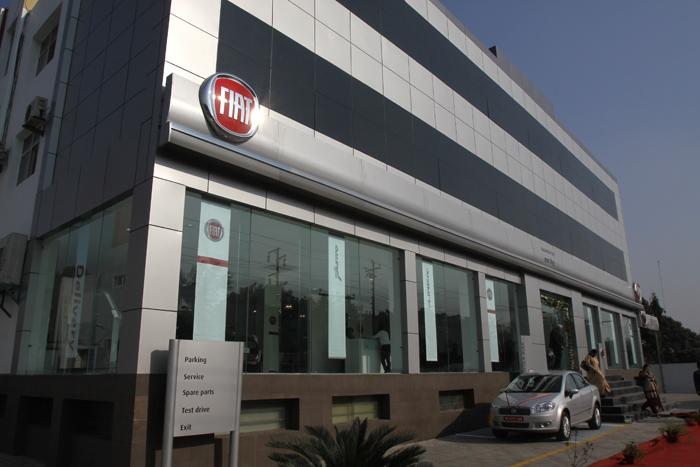 Fiat to have 100 exclusive dealerships