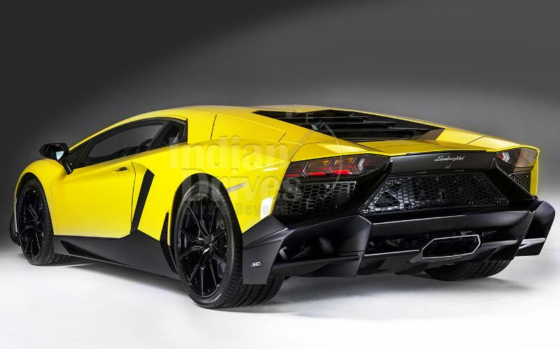Lamborghini Aventador LP720-4 50 Back View