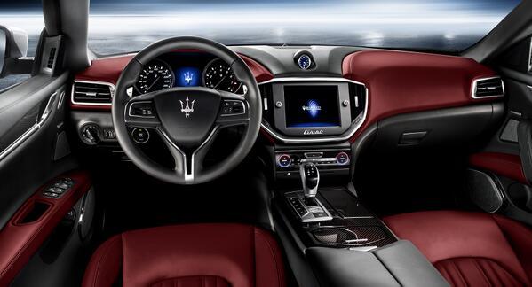 Maserati Ghibli revealed Interior