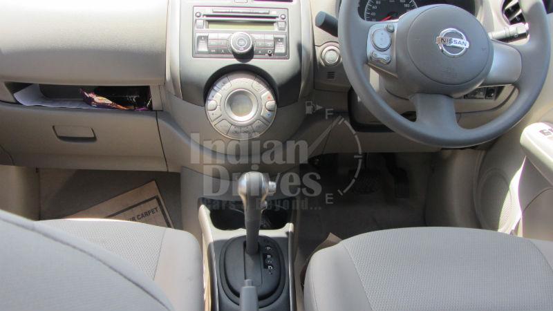 Nissan Sunny XL CVT Interior