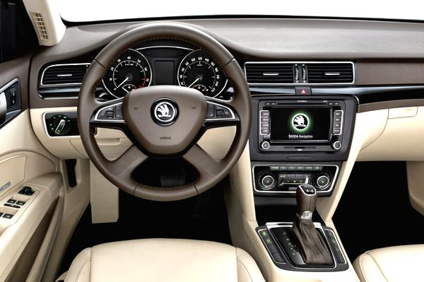 Skoda Superb facelift Interior