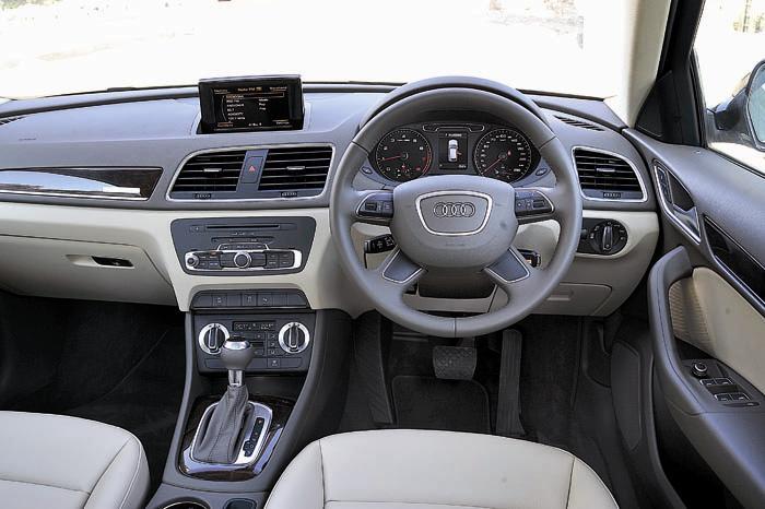Audi Q3 2.0 TFSI Interiors