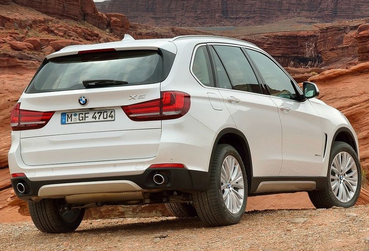 BMW X5 Back View