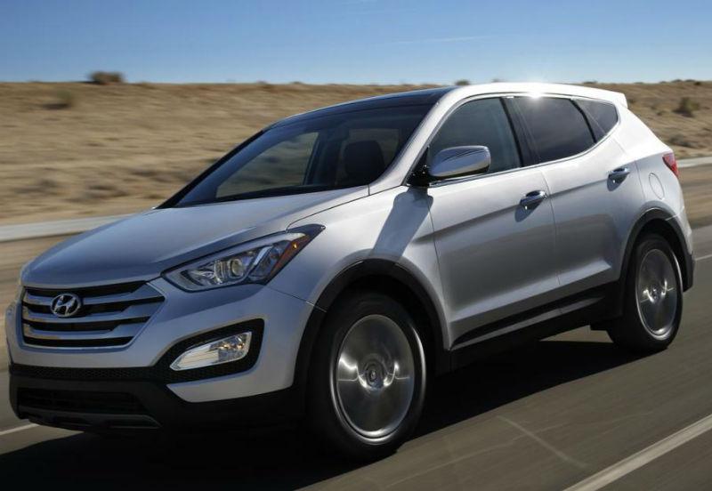 Hyundai Santa Fe spotted Testing In Chennai