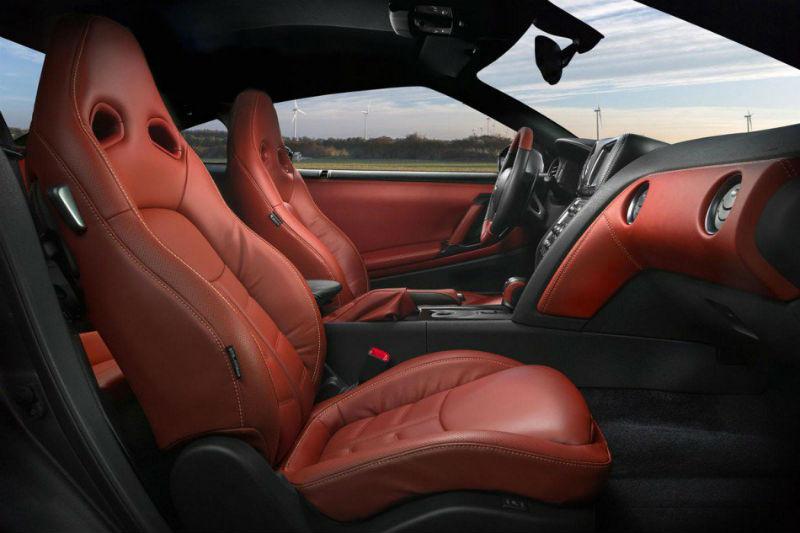 Nissan GT-R Interiors