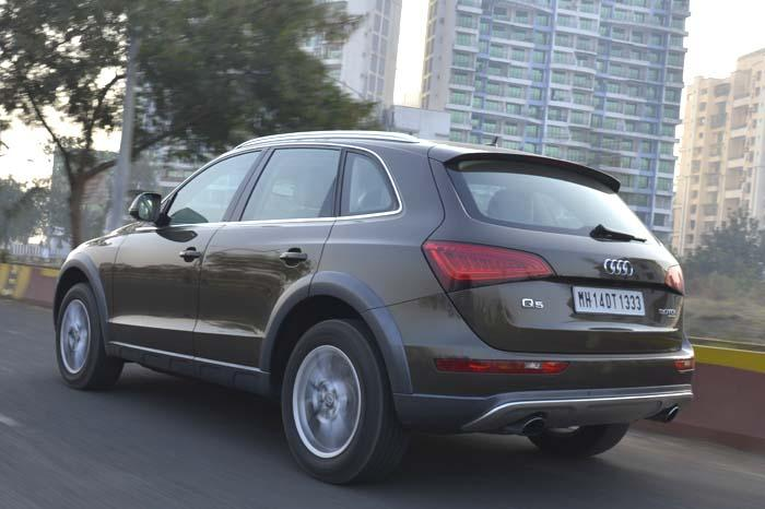 Audi Q5 Back View
