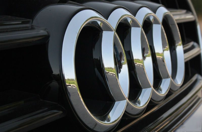 Audi rolls out car-shaped wireless computer mouse