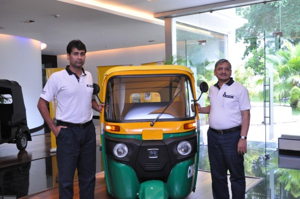 Bajaj Launches RE Compact Auto-rickshaws