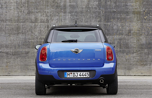 MINI Cooper Countryman Back View