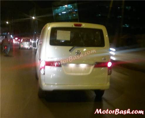Updated version of the Nissan Evalia spied testing