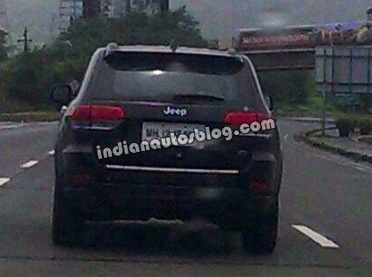 2014 Jeep Grand Cherokee Back View