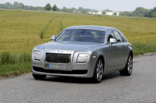2014 Rolls Royce Ghost Facelift Spied Testing