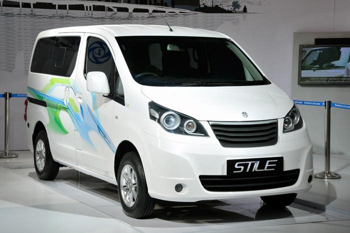 Ashok Leyland Unveils MPV Stile