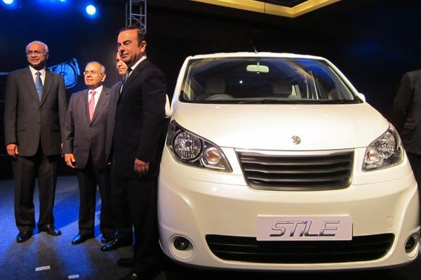 Ashok Leyland Unveils