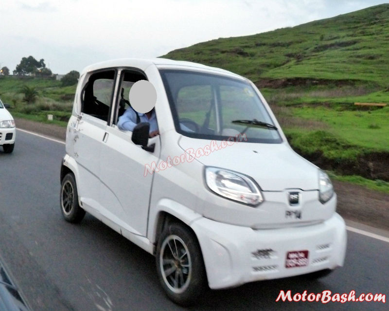 Bajaj RE60 Spy Shots