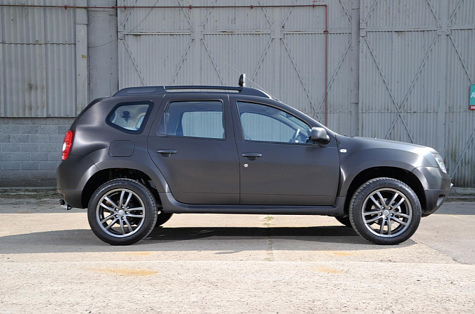 Dacia Duster Black Edition launched in the UK