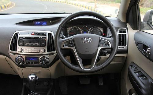 Hyundai i20 Facelift interiors