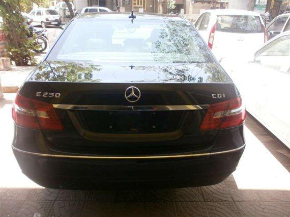 Mercedes-Benz E250 CDI Back View