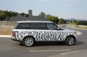 Range Rover long-wheelbase 2013 spy shots