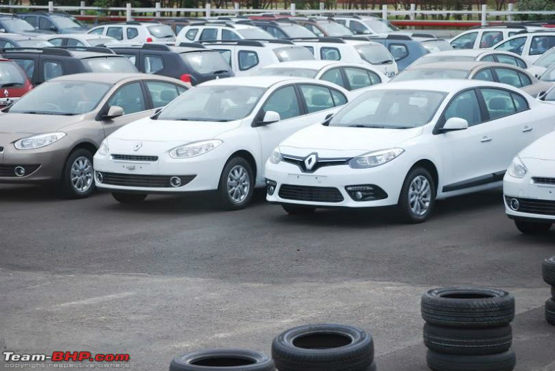 Renault Fluence facelift spotted in India