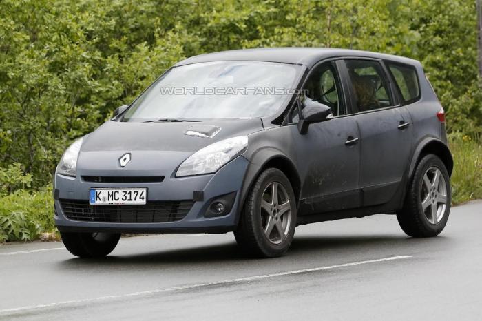 Renault Koleos Spied Testing