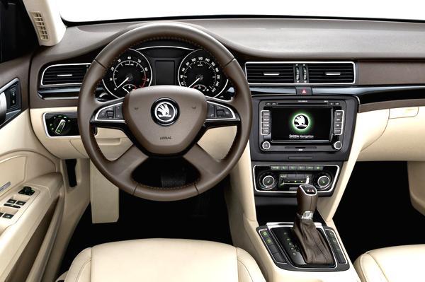 Skoda Superb Facelift Spied Testing Interiors