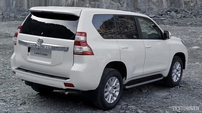 2014 Land Cruiser Prado Back View