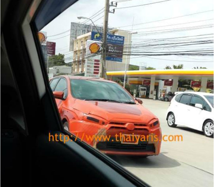 2014 Toyota Yaris spotted testing