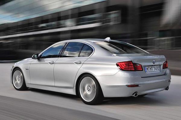 BMW 5-series Back View