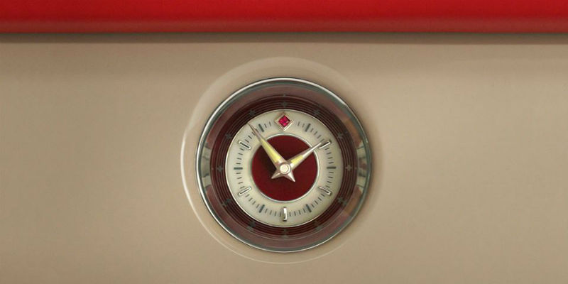 Clock of the Rolls Royce Phantom Coupe Ruby