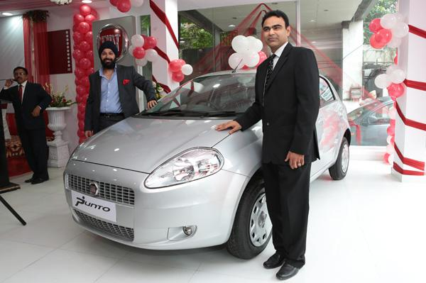 Fiat opens two new outlets